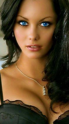 #Faces #beautiful #women