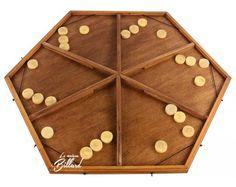 Table à élastique 6 joueurs Diy Yard Games, Diy Games, Backyard Games, Woodworking Furniture Plans, Woodworking Toys, Woodworking Projects, Wooden Board Games, Wood Games, Play Wood