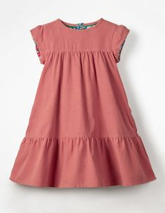 Buy the Pretty Cord Dress now for people say every cloud has a silver lining. At Mini Boden we say every dress has a fancy lining (floral, in this case). From the cap sleeves down to the panelled skirt, this cord dress was made for swishing. African Dresses For Kids, Toddler Girl Dresses, Little Girl Dresses, Girls Dresses, Kids Frocks, Frocks For Girls, Kids Dress Wear, Fancy Dress, Baby Dress Design