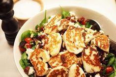 Halloumisalaatti - Tästä ei salaatti enää paljoa parane! Just Eat It, Yummy Food, Tasty, My Cookbook, Halloumi, Healthy Cooking, Salad Recipes, Potato Salad, Food To Make