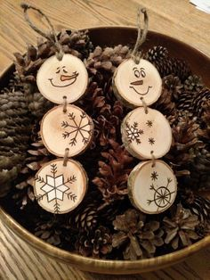 Tahoe Christmas - Wood Burned Snowman Christmas Ornaments -- Stacked Snowman Ornaments/Gift Tags on white birch wood Snowman Christmas Ornaments, Christmas Wood Crafts, Wood Ornaments, Homemade Christmas, Rustic Christmas, Christmas Projects, Holiday Crafts, Christmas Holidays, Christmas Ideas