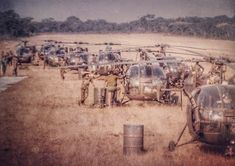 African Militaries/ Security Services Strictly Photos Only And Videos Thread - Foreign Affairs - Nigeria Military Guns, Military Photos, Military History, South African Air Force, World Conflicts, Royal Australian Navy, Vietnam War Photos, Defence Force, Army Vehicles