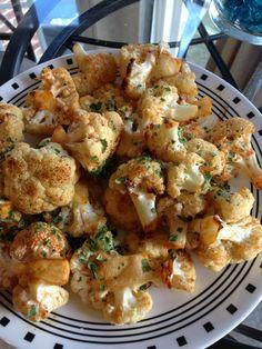 Spicy Roasted Cauliflower Recipe: • 1/3 cup olive oil • 1 tsp sesame oil • 1 Tbsp soy sauce • 1 Tbsp rice vinegar • 2 Tbsp sriracha • 1 medium head cauliflower • 1 Tbsp minced cilantro, for garnish •...
