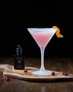Cosmopolita an OROganics Giveaway! - Moody Mixologist Craft Cocktails, Summer Cocktails, Food Plating Techniques, Fruit Drinks, Exotic Fruit, Daiquiri, Nutritious Meals, Mixed Drinks, Cocktail Recipes