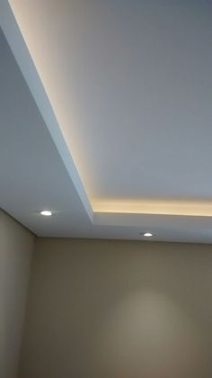 Ideas for Suspended Ceiling Lights Living Room Designs for Suspended Ceilings . - Ideas for Suspended Ceiling Lights Living Room Designs for Suspended Ceilings. House Ceiling Design, Ceiling Design Living Room, Ceiling Light Design, Home Ceiling, Modern Ceiling, House Design, Gypsum Ceiling Design, False Ceiling Living Room, Ceiling Plan