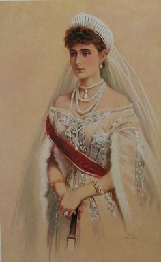 A young Empress Alexandra Feodorovna in tiare russe (the Russian kokoshnik tiara) and her favorite pearl necklace, made by the court jeweler Bolin. Also pinned to her dress is the pearl and diamond star of the Order of St. Catherine.