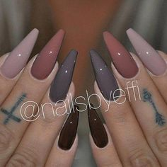 In seek out some nail designs and ideas for your nails? Here is our list of 19 must-try coffin acrylic nails for trendy women. Glam Nails, Dope Nails, Beauty Nails, Gorgeous Nails, Pretty Nails, Uñas Color Cafe, Hair And Nails, My Nails, Nails Yellow
