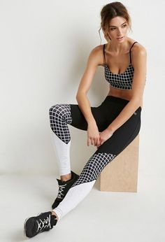 Black Workout Clothes - Top Fitness Tips Straight From The Exercise Experts Crop Top And Leggings, Cheap Leggings, Floral Leggings, Leggings Store, Printed Leggings, Camouflage Leggings, Sport Fashion, Fashion Outfits