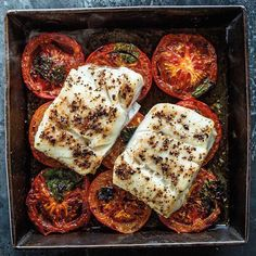 1 pan. 5 ingredients. < 30 minutes. These pepper-crusted fish roasted on a bed of tomatoes are perfect for weeknights. Tap the link in our bio to get the recipe from the Year-Round Roasting Cookbook! #whatsfordinner #tomatoseason