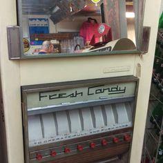 Vintage DuGrenier fresh candy machine