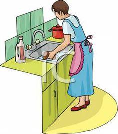 женщина моет посуду 2