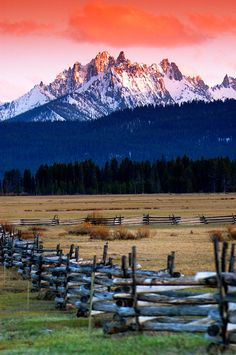 Sawtooth National Recreation Area at sunrise. Sawtooth Mountains, Stanley, Idaho. Photo: Chad Case