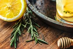 vegetable juice for diet # Liver Cleanse Juice, Juice Cleanse Recipes, Liver Detox, Diet Recipes, Cleanse Detox, Lemon Water In The Morning, Lemon Water Benefits, Best Weight Loss Plan, Easy Diets