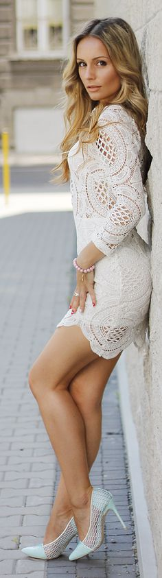 White Lace Bodycon Little Dress