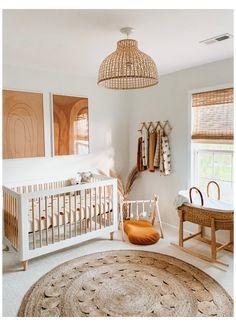 Baby Nursery Neutral, Baby Nursery Decor, Baby Bedroom, Boho Nursery, White Nursery, Simple Baby Nursery, Nursery Chairs, Natural Nursery, Babies Nursery