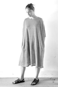 robe large rayée - APUNTOB