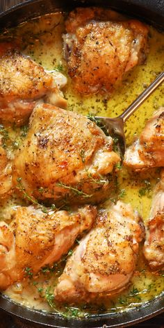 Herb Roasted Chicken Thighs in Creamy White Wine Sauce rely on humble ingredients and just a single pan to bring out the most delicious flavors! These chicken thighs are juicy on the inside and crispy Herb Roasted Chicken, Baked Chicken, Rosted Chicken, Pan Roasted Chicken Thighs, Skillet Chicken Thighs, Chicken Thighs Dinner, Chicken Skin, Keto Chicken, Grilled Chicken