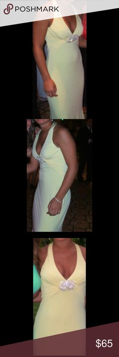 Yellow classy event / prom dress cache Worn once size 4 open back Cache Dresses