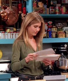 Love olive green. Love how Rachel wore muted colors like that for her work outfits. So awesome. So chic.