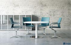 Mesa de reunión redonda cuadrada de madera Auxiliary tables by MDD     /     Sillas!!!!!