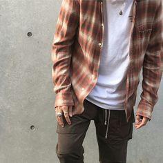More fashion here: http://stayfreshpl.tumblr.com/