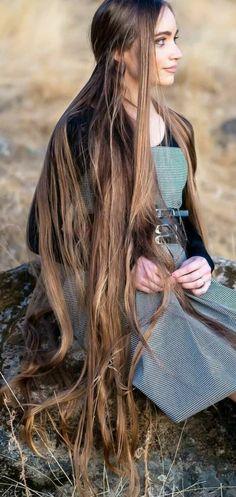 Beautiful Long Hair, Gorgeous Hair, Ac New Leaf, Long Hair Video, Long Curls, Very Long Hair, Beauty Full Girl, Dream Hair, Stylish Hair