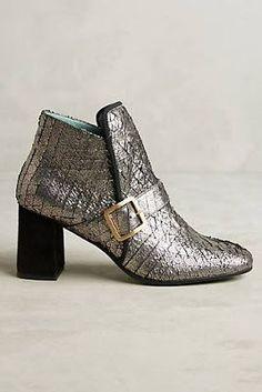 Anthropologie Favorites:: Sale Shoes http://amzn.to/2sCRZoD