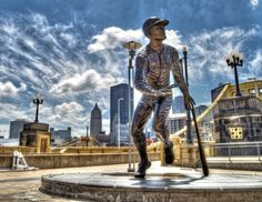 """~ via Pittsburgh Magazine: """"Clemente statue outside PNC Park; photo by Dave DiCello"""" Pittsburgh Pirates Baseball, Pittsburgh Sports, Pittsburgh Hotels, Pnc Park, Keystone State, Heinz Field, Lets Go Pens, Roberto Clemente, Go Steelers"""