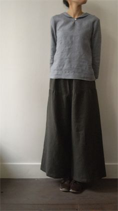 Long wool skirt plus a longer loose underskirt plus make a blouse-tunic like this - envelope