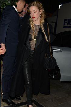 Amber Heard Style Leaving the Mayfair Hotel November 2018 Star Fashion, Fashion Outfits, Fashion Clothes, Amber Heard Style, Silk Midi Dress, All Black Outfit, Blazer Outfits, Ideias Fashion, Celebrity Style