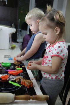 Toys+things: Чем занять ребенка вечером без предварительной под...