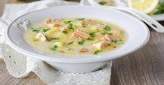 Recette de Soupe citronnée au saumon frais et aux légumes. Facile et rapide à réaliser, goûteuse et diététique. Ingrédients, préparation et recettes associées.