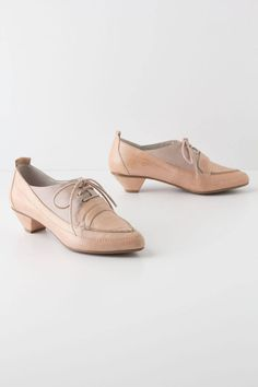 Anthropologie Champagne Heeled Loafers Sz 38, Blush Two-Toned Shoes By Couple Of #CoupleOf #LaceUps #WeartoWork