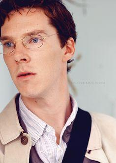 Man do I love this guy in glasses.