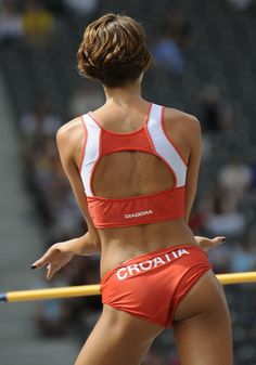 Blanka vlasic, croatian high jumper everything sport. Beautiful Athletes, Athletic Girls, Olympic Sports, Sport Icon, High Jump, Gymnastics Girls, Sporty Girls, Sports Pictures, Female Athletes
