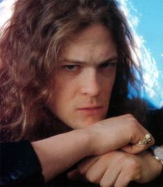 Jason Newsted, Metallica   Those eyes...so dreamy!  <3  :)