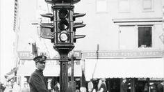 El 5 de agosto de 1914, solo ocho días después de que en Europa estallase la Primera Guerra Mundial y hace exactamente hoy 101 años, se instaló en Cleveland el primer semáforo eléctrico.
