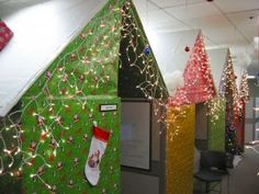 Ideas to decorate office cubicles during Christmas.