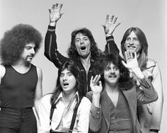 The Journey lineup with Gregg Rolie & Steve Perry was best Journey lineup ever. One can only dream for a reunion tour...someday.