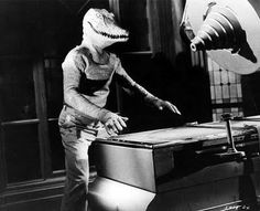 The Alligator People 1959--The Alligator Man prepares for his TV talk show debut!