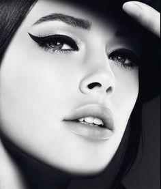 Elige el mejor tono de maquillaje para tu piel con nuestra gran gama de productos NEE y siempre estarás perfecta. www.misaloncitoshop.com/es/46-cara