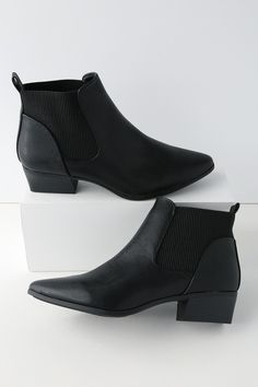 4819adc0a Claude Black Pointed Toe Ankle Booties