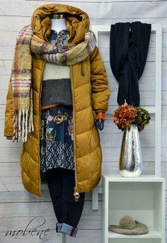 Parka und Strickschal - perfekt für die kalten Winterspaziergänge Overall Jumpsuit, Shorts, Girls, Winter Jackets, Vest, Fashion, Bermudas, Sequin Shirt, Two Piece Outfit