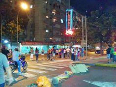 Protesta en #LosPalosGrandes #LPG #Venezuela #SOSVenezuela #PrayForVenezuela #ResistenciaVzla #ElQueSeCansaPierde
