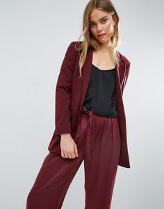Buy it now. ASOS Ultimate Ponte Blazer - Red. Blazer by ASOS Collection, Thick stretch jersey, Notch lapels, Open front, Pockets may be tacked, Relaxed fit, Machine wash, 79% Polyester, 17% Viscose, 4% Elastane, Our model wears a UK 8/EU 36/US 4 and is 179cm/5'10.5 tall. ABOUT ASOS COLLECTION Score a wardrobe win no matter the dress code with our ASOS Collection own-label collection. From polished prom to the after party, our London-based design team scour the globe to nail your new-season…