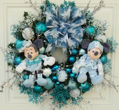 Disney Christmas Wreath Mickey and Minnie by SparkleForYourCastle,