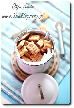 Marchwiowe ciasteczka dla psów - przepis | Kulinarne przepisy Olgi Smile  Zrobić z przepisu GARNKOFILII, zamiast dyni dodać marchewkę ;) Cereal, Gluten Free, Breakfast, Food, Glutenfree, Morning Coffee, Sin Gluten, Meals, Corn Flakes