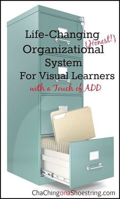 My Life-Changing Organizational System {for Visual Learners} If you struggle with finding an organization system that works for you, then you must read this post. You'll never think of your filing cabinet the same again! Organizing Paperwork, Household Organization, File Organization, Organizing Your Home, Organizing Tips, Business Office Organization, Dollar Store Organization, Organized Office, College Organization