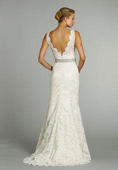lace wedding dress- GORGEOUS