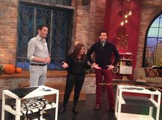 Set your DVRs....today Jonathan Silver Scott and I will be on The Rachael Ray Show to take part in a fun #Halloween competition  http://www.thescottbrothers.com/events/